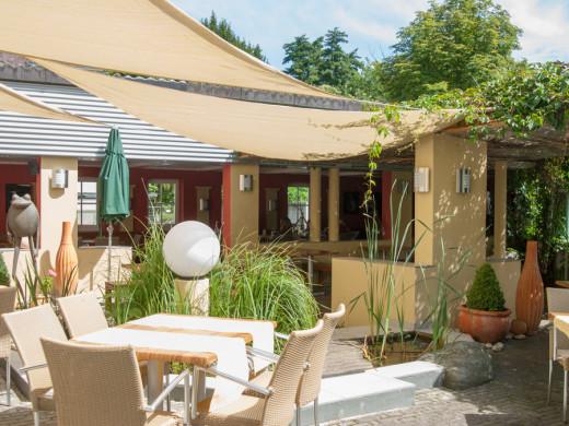 Leibnitz Restaurant Römerhof Terrasse © Helmut Bolesch